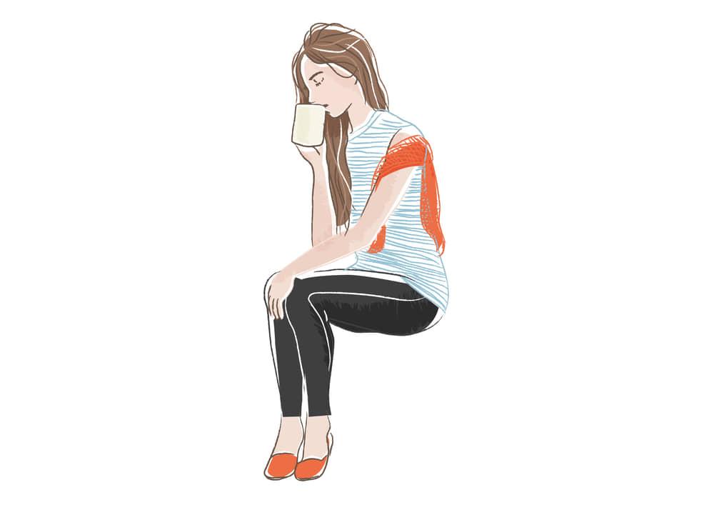 手書きイラスト無料|コーヒーを飲む女性 全身